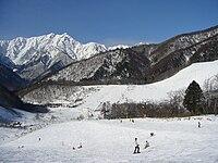 후방에 가시마야리가타케 산을 바라보는 중앙부