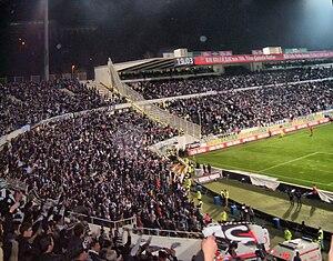 Beşiktaş–Fenerbahçe rivalry - Image: Supporters de Beşiktaş JK