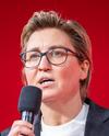Susanne Hennig-Wellsow 2021-02-27 Digital Party Conference Die Linke 2021 by Martin Heinlein - Cropped.png