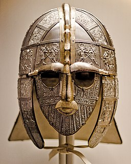 https://upload.wikimedia.org/wikipedia/commons/thumb/c/ce/Sutton_Hoo_helmet_%28replica%29.jpg/256px-Sutton_Hoo_helmet_%28replica%29.jpg