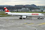 Swiss, HB-JHA, Airbus A330-343 (16454927141) (2).jpg