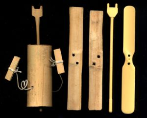 Bamboo-copter - Modern Japanese taketombo bamboo-copters; wooden type with winding thread (left); plastic type (right)
