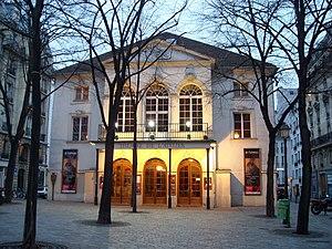 Théâtre de l'Atelier - Façade of the Théâtre de l'Atelier