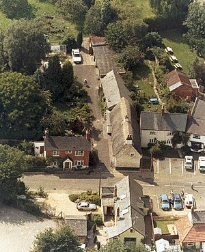 Akeley, Buckinghamshire - Image: The Square Akeley(Geoff Spink)Oct 1996