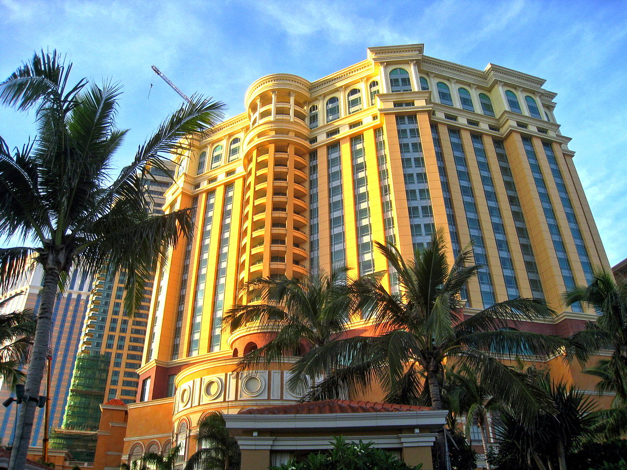 File The Four Seasons Hotel Resort Macau Buildings Jpg