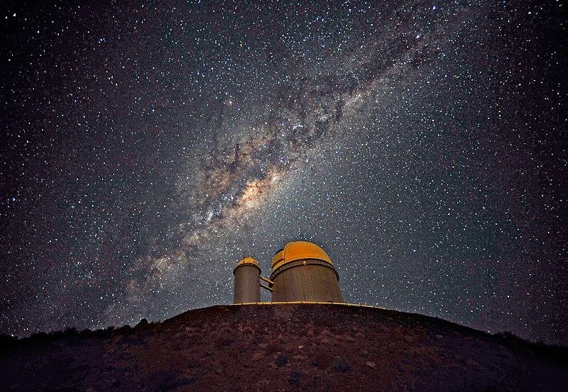 File:The Galactic Centre above the ESO 3.6-metre telescope.jpg