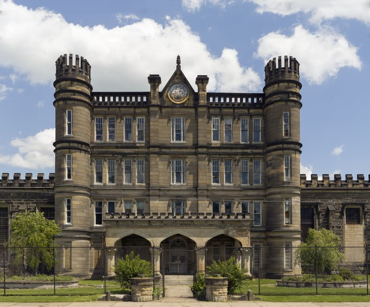 File:The West Virginia State Penitentiary, a retired, gothic-style prison in Moundsville, West Virginia, that operated from 1876 to 1995 LCCN2015631907.tif