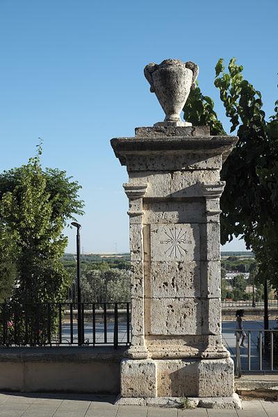 File:Tordesillas Falange Española 546.jpg