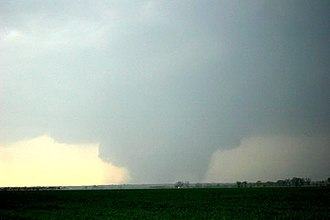 Tornado outbreak of April 2, 2006 - The F3 Marmaduke/Caruthersville tornado near Kennett, Missouri