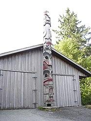Totem pole in Prince Rupert, British Columbia 3.jpg