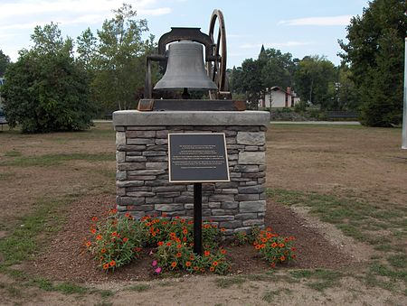 Putnam Town Hall bell, now in Rotary Park Tower bell of Putnam, Connecticut.jpg