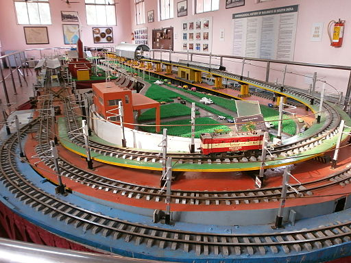 Tracks-and-Train-model-Chennai-Central-kept-in-Regional-Rail-Museum-ICF