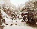 Tropenmuseum Royal Tropical Institute Objectnumber 60012335 Het stampen van rijst of cassave in e.jpg