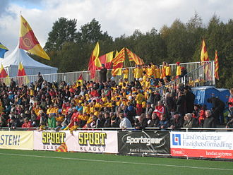 Tyresö FF - Tyresö FF supporters, October 2011