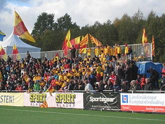 Tyresö FF - Tyresö FF supporters, October 2011