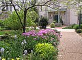 U.S. Botanic Garden in May (23409545909).jpg