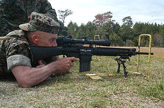 Knight's Armament Company SR-25 - Image: USMC SR 25 SAMR