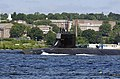 US Navy 070615-N-8467N-003 USS Seawolf (SSN 21) makes her way down the Thames River and past the U.S. Coast Guard Academy.jpg