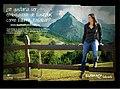 Valla de Edurne Pasaban en la nueva campaña de Turismo de Euskadi.jpg