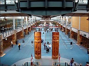 English: International arrivals hall, Vancouve...