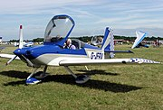 The three-bladed propeller of a light aircraft: the Vans RV-7A