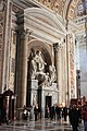 Vatikan, Petersdom, Blick zum Grab von Pius VIII.JPG