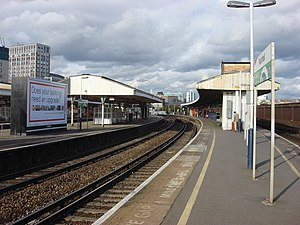 Vauxhall station (London) - Image: Vauxhall station, platforms geograph.org.uk 1013188