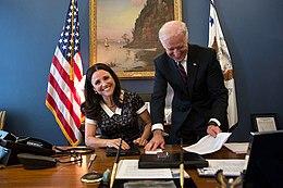 Louis-Dreyfus with Vice President Joe Biden in April 2013