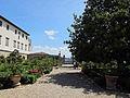 Villa corsini di mezzomonte, giardino all'italiana, terrazza inferiore 04.JPG