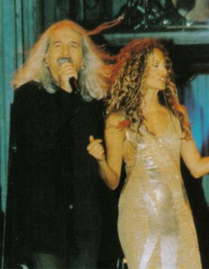 "Nikos Karvelas - Karvelas and Anna Vissi live at ""Asteria"" in 1998."