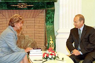 Hélène Carrère d'Encausse - Image: Vladimir Putin 24 October 2000 1