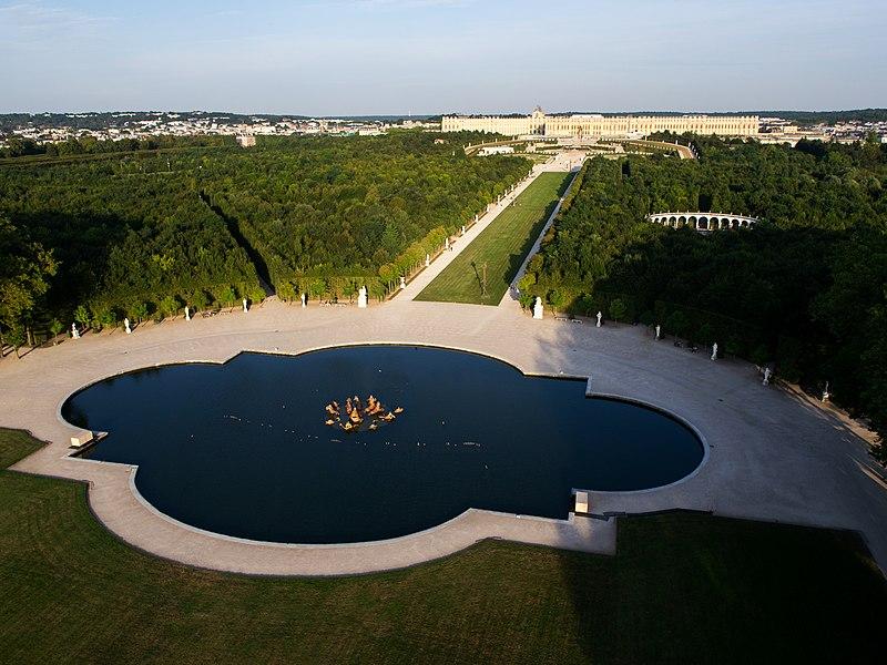 File:Vue aérienne du domaine de Versailles par ToucanWings - Creative Commons By Sa 3.0 - 144.jpg