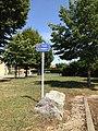 Vue de la place des Chânes à Chânes (Béligneux).JPG