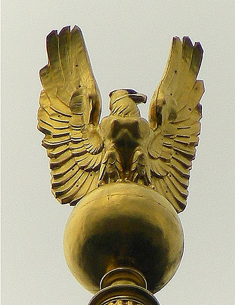 File:WV Capitol Eagle DOME top.jpg