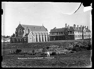 Wanganui Collegiate School - The school and chapel in 1912