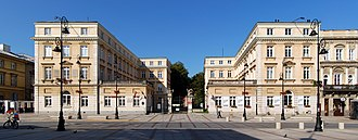 Czapski Palace - Main gate flanked by annexes, seen from Krakowskie Przedmieście. In south annex (left), on 2nd floor, is Chopin family parlor.