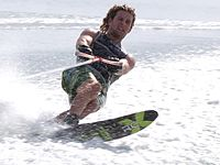 Water skiing 0757.jpg