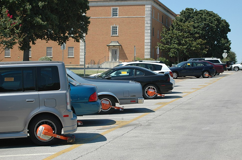 Wheel clamps Texas