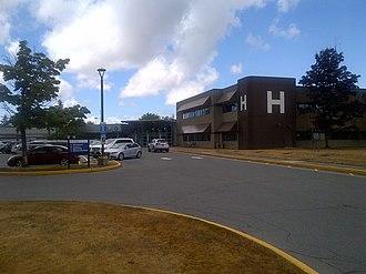 Delta Hospital - Image: White H on Delta Hosp Bldg