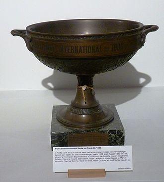 1950 Tour de France - The team classification trophy for 1950, won by the Belgium team