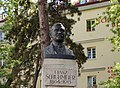 Wien-Ottakring - Franz-Schuhmeier-Denkmal 05.jpg
