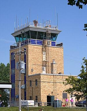 Wittman Regional Airport - Image: Wittman Regional Airport CT