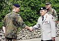 Wolfgang Schneiderhan with officer of the Franco-German Brigade.jpg