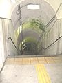 Yunishigawa-onsen-station-stair-to-platform.jpg