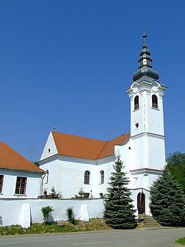 Zengővárkony reformed church.JPG