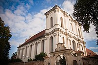 Zespół klasztorny cystersów kościół, obecnie parafialny pw. Wniebowzięcia NMP z 2. połowy XVIII w., 1946-62 w Wągrowcu.jpg