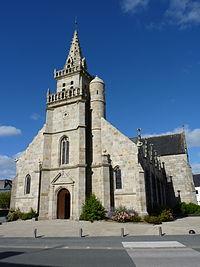 Église Saint-Pierre de Maël-Carhaix 01.JPG