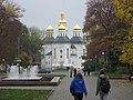 Екатерининская церковь Чернигов Осень 2012.jpg