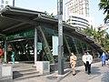 地铁大剧院站B出口 - panoramio.jpg