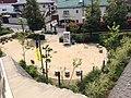 渋谷区立 鶯谷緑地 自販機 (17086056019).jpg